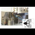 二軸スクリュー押出混練機とギアポンプを組み合わせての、3Dプリンティング用 フィラメント製造